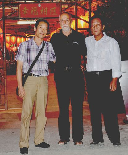 Sifu Husek s bratry Yuenovi styl Win Chun ve městě Tsin Yuen 2011