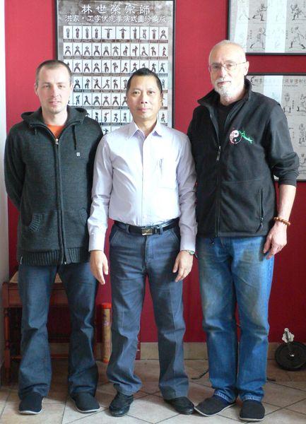 Na návštěvě velmistra Lam Chun Singa v Plzni ve škole jeho osobního žáka sifu Davida Šejny 2012